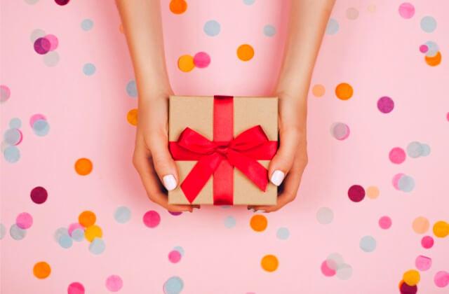 クリスマスプレゼントを渡すメリット・デメリット