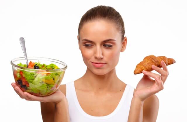 風俗嬢が仕事中に食べたらダメな物・良い食べ物は?食事の注意点