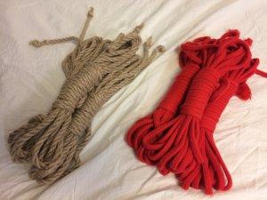 麻縄と綿ロープの画像